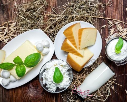 ser ze świeżego mleka
